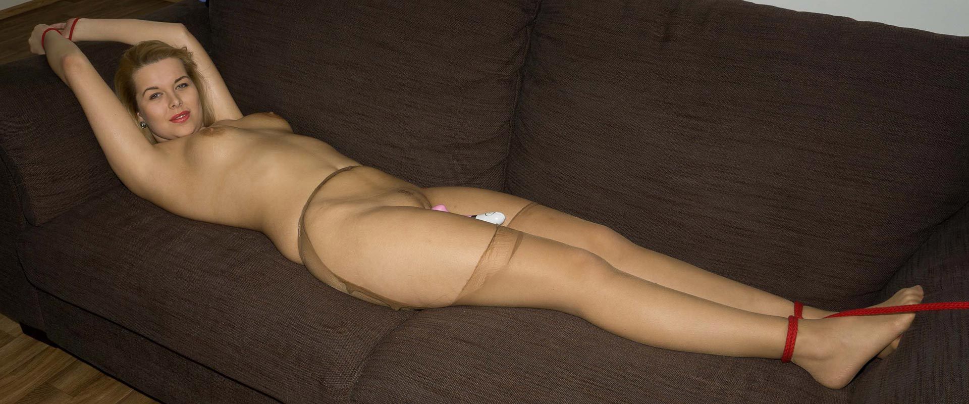 Adult s live pantyhose video chat