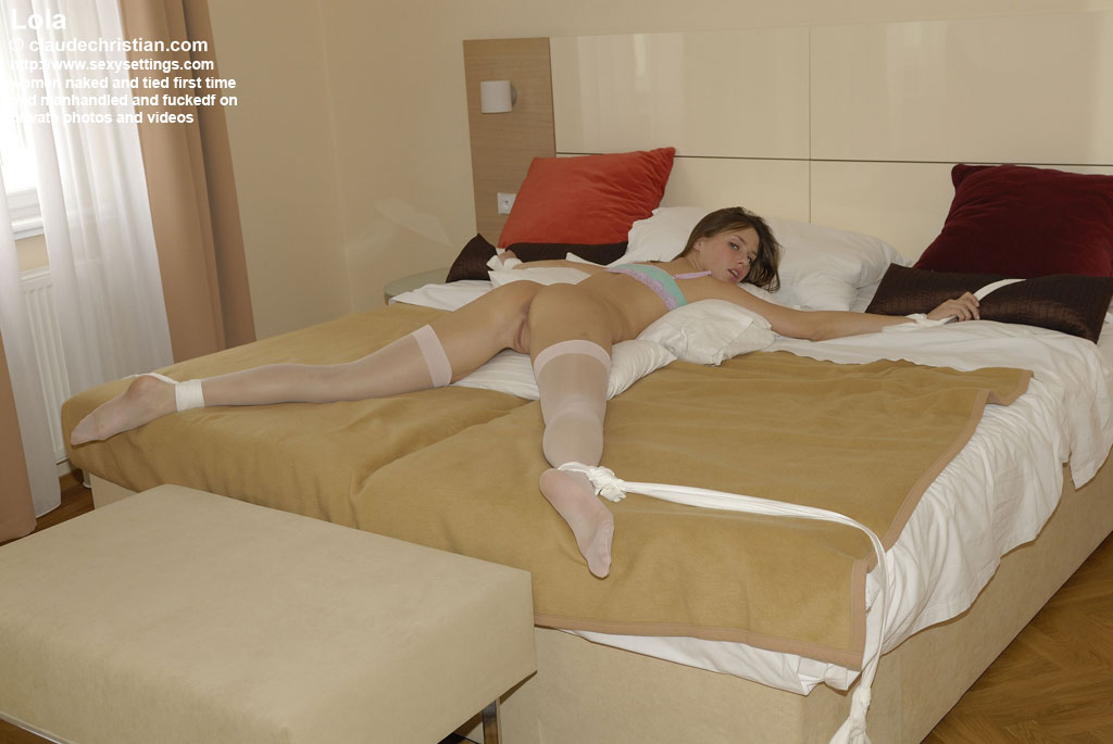 girl tied naked at home